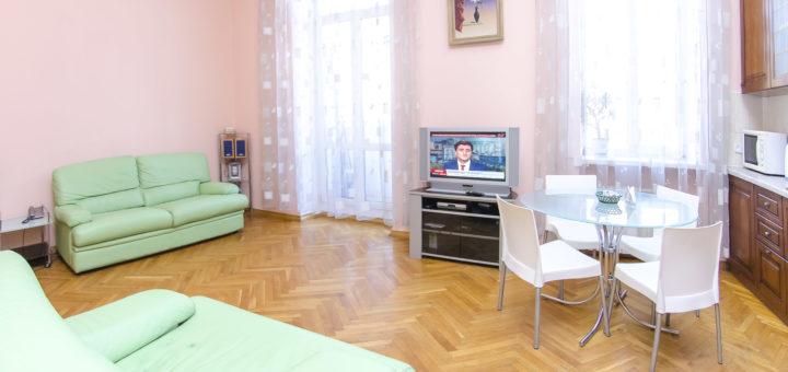 Снять посуточно квартиру в центре Киева