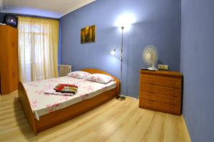Недорогая квартира для аренды посуточно в центре Киева