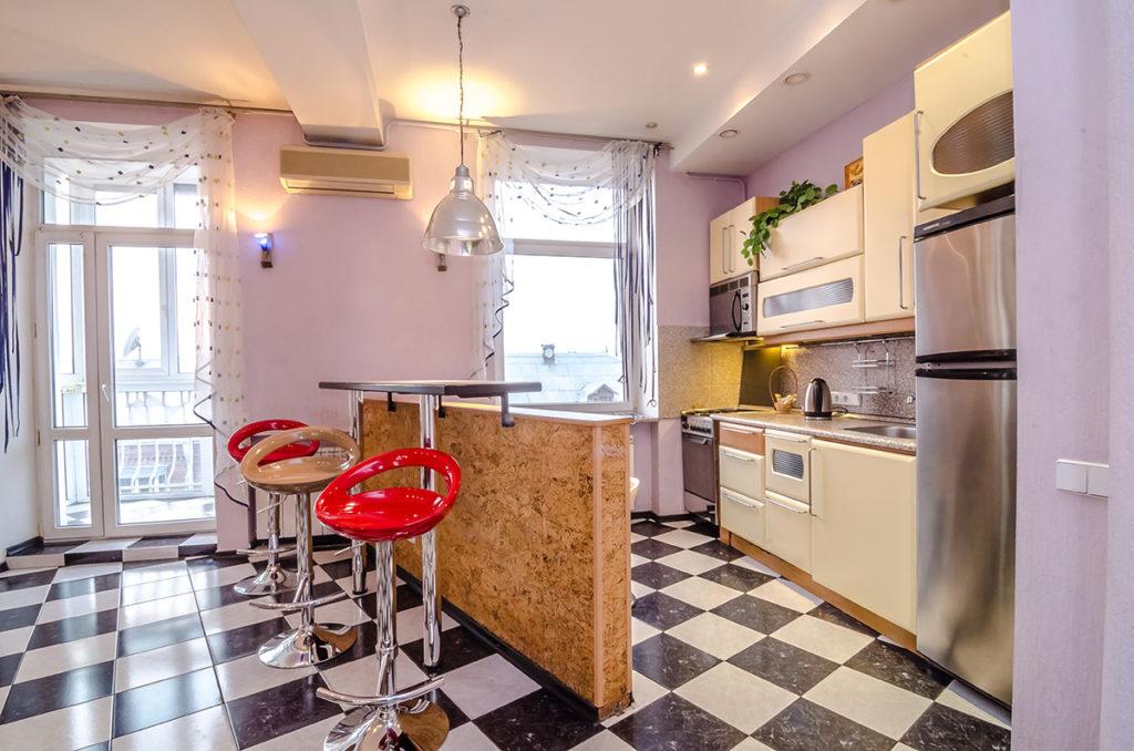 Двухкомнатная квартира для посуточной аренды в центре Киева