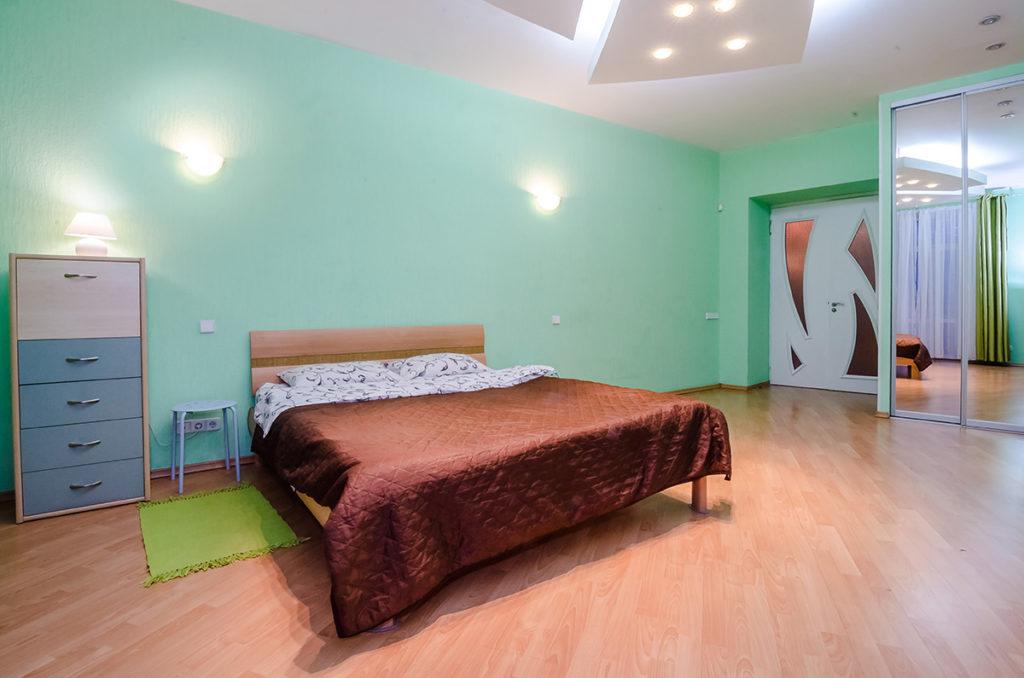 Двухкомнатная квартира для посуточной аренды Майдан
